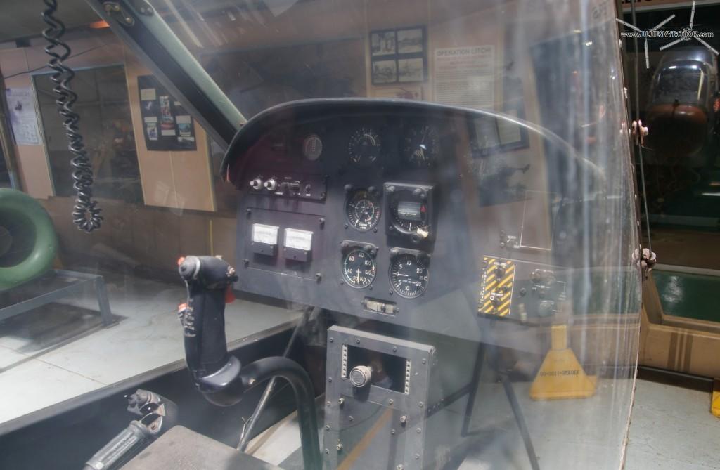 Alpha XH-1, gunner seat