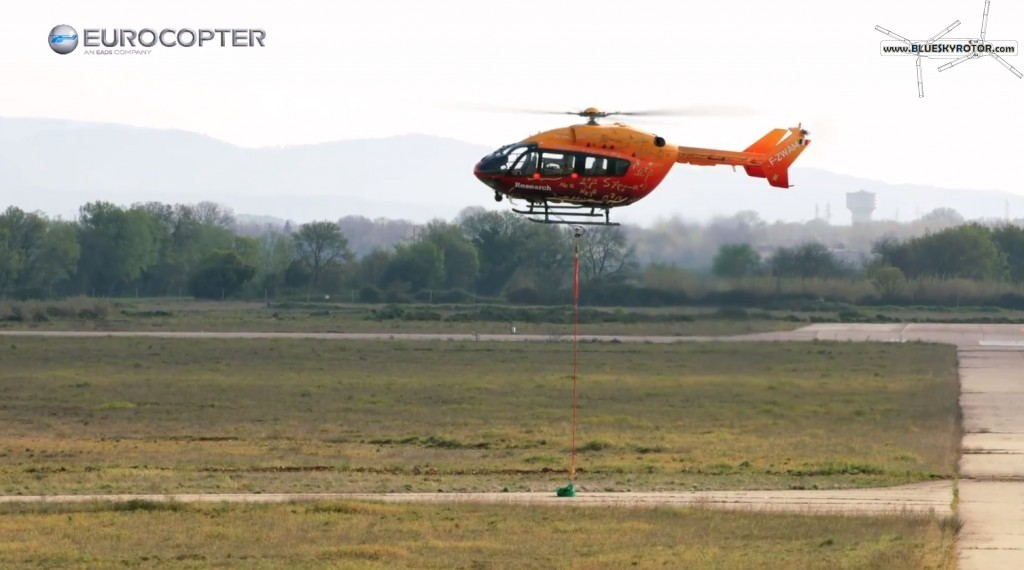 EC145 OPV during accuracy freight landing