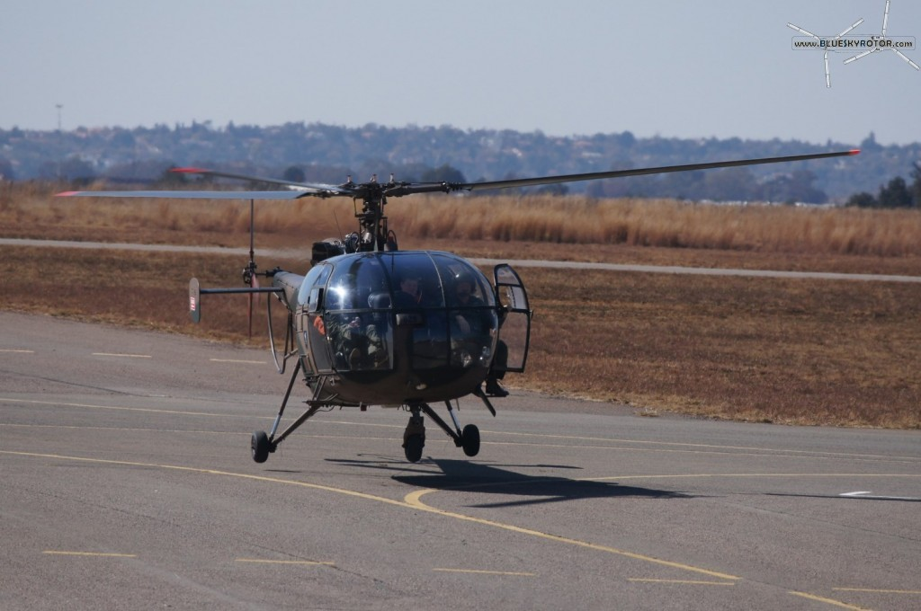 Alouette III landing on taxi