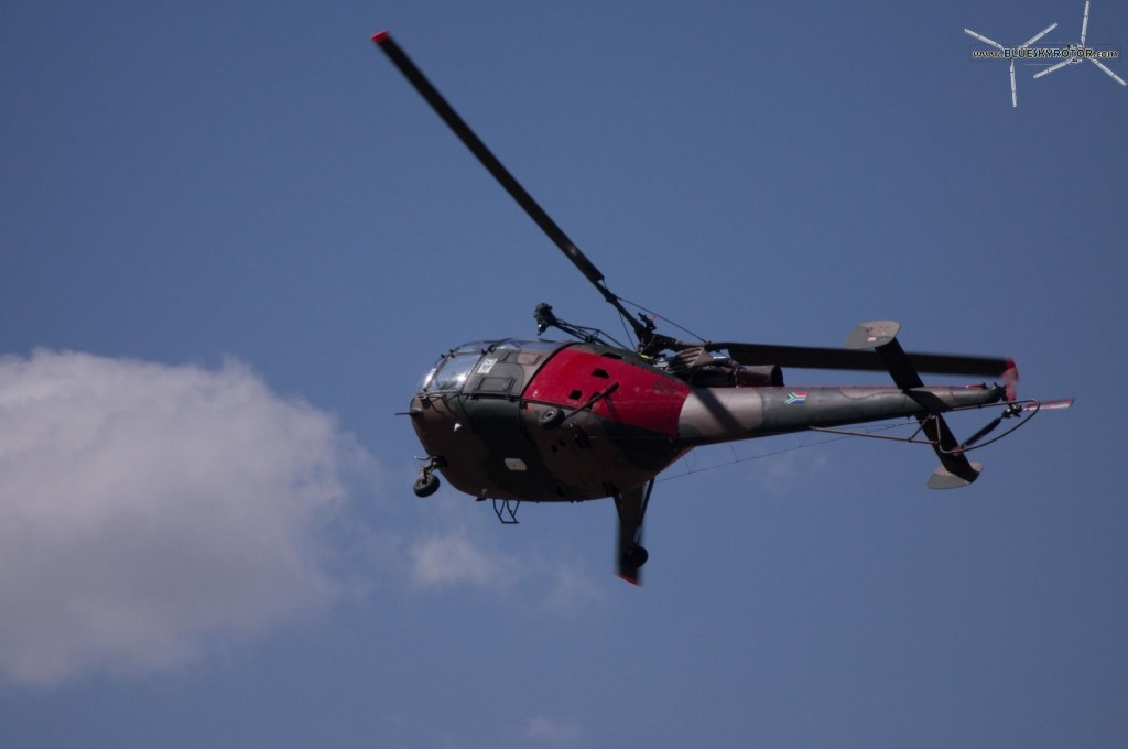 Red Alouette III passing by