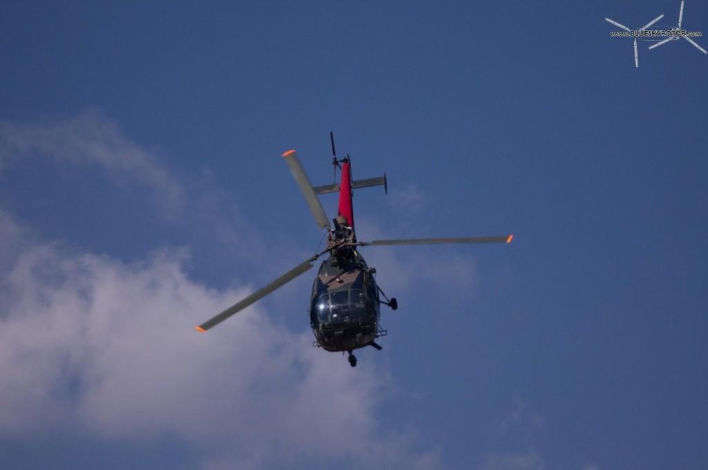 Alouette III showing off