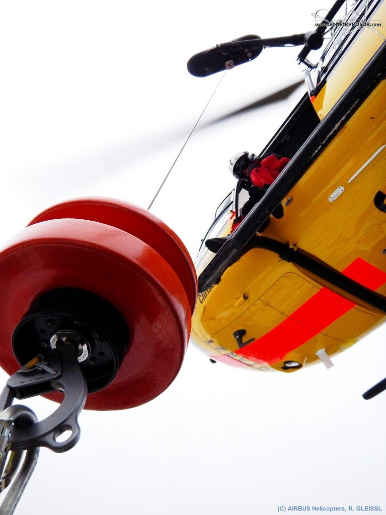 EC145 T2 rescue winch, seen from the hook