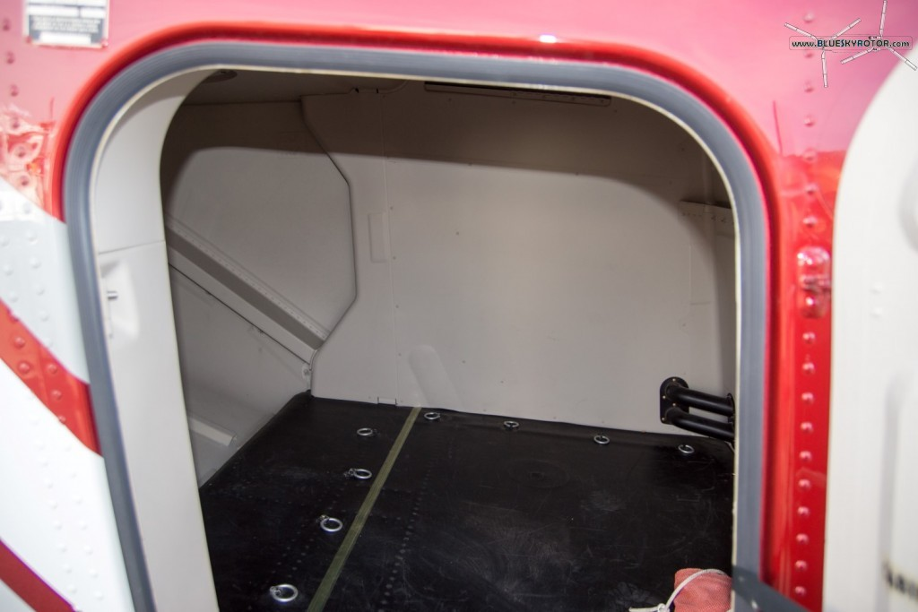 Bell 429 WLG, luggage compartment