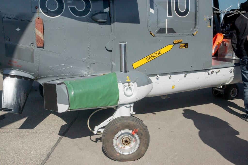 Westland Lynx landing gear